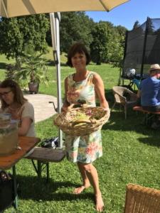 Kräuterspaziergang mit Susanne Gröbmeyer